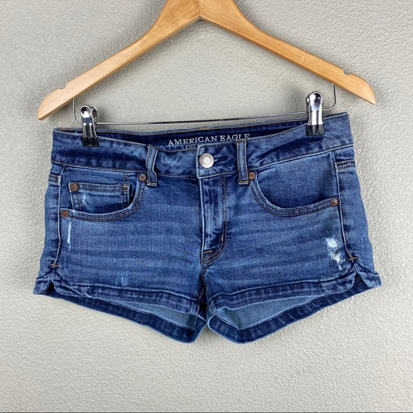 American Eagle short stretch jean shorts size 6